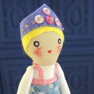 muñeca hecha a mano de rusa por Ohmyrabbit!