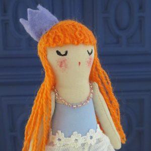 pequeña princesa hecha a mano por Ohmyrabbit!